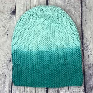 American eagle outfitters teal slouchy hat